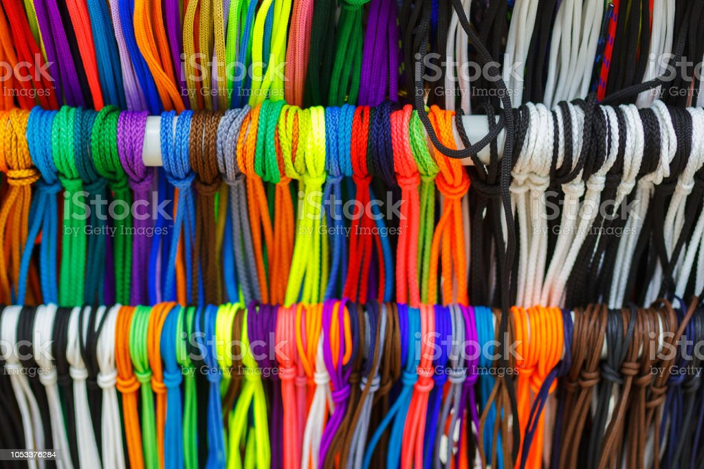 Les Lacets Multicolores 3
