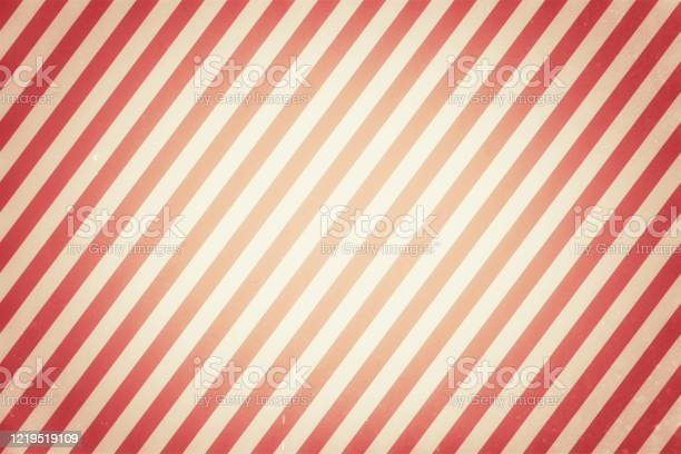 Bright retro striped vignette pattern texture with grunge dirty with picture id1219519109?b=1&k=6&m=1219519109&s=612x612&h=omjijercpq ed2clblcvxpjcwy6ewzlvmkgceha7my8=