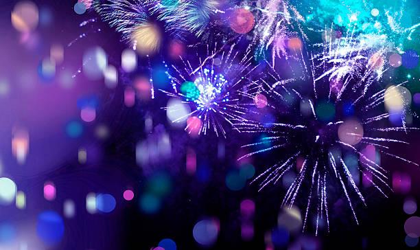 Helle glitzernden bunten Feuerwerk und Konfetti – Foto