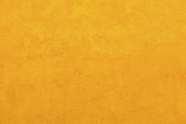 bright yellow wall san miguel de allende mexico - adobe photos et images de collection