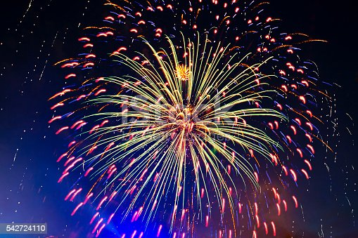 542714484 istock photo Brightly colorful fireworks 542724110