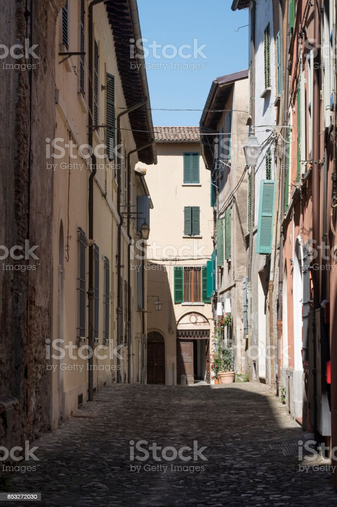 Briighella (Ravenna, Italy): old street - foto stock