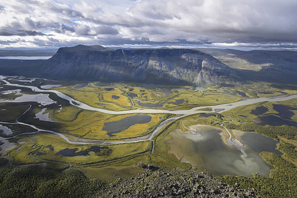 Brilliant view from Skierfe on rapadalen river valley delta landscape​​​ foto