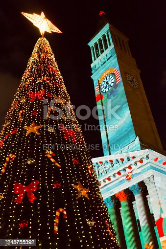 December 14, 2019 - Brisbane, Queensland, Australia: General view of Christmas tree and a City Hall at town square, Queensland, Australia.
