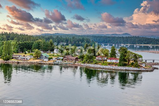 Homes along the coast of Canada near Nanaimo