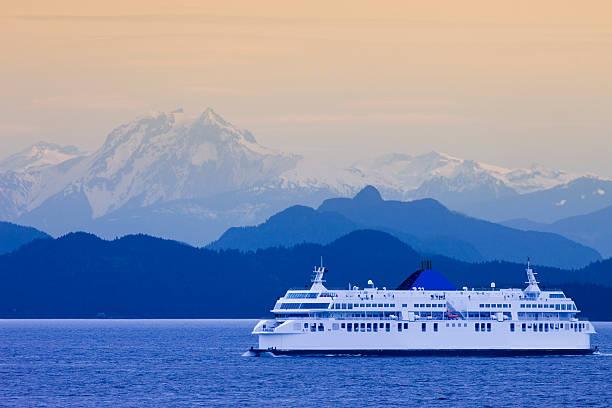 british columbia ferry - veerboot stockfoto's en -beelden