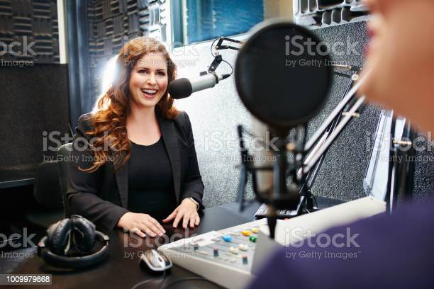 Broadcasting by the best in the business picture id1009979868?b=1&k=6&m=1009979868&s=612x612&h=lqf8k2lofd3jgffx8bvm5r kjhvohbvt95x28mtb1i0=