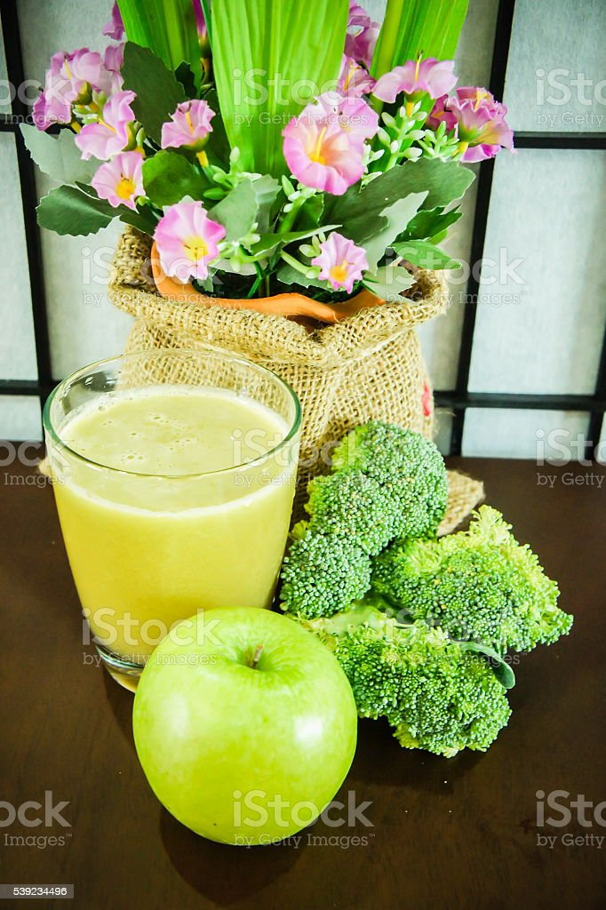 Broccoli and green apple juice royalty-free stock photo