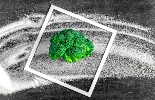 broccoli instead of sugar. concept of healthy diet, stop diabetes. broccoli instead of sugar. concept of healthy diet, stop diabetes avoidance stock pictures, royalty-free photos & images