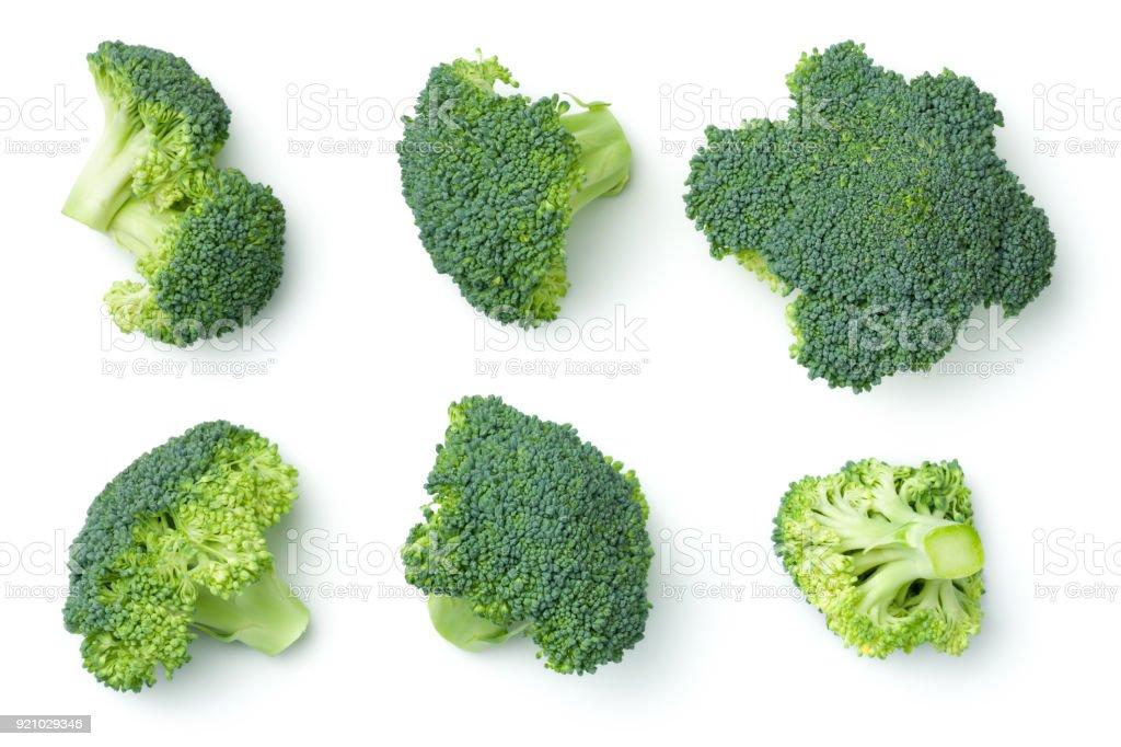 Broccoli geïsoleerd op witte achtergrond foto