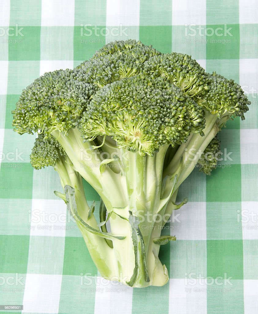 Broccoli su una Coperta da Picnic foto stock royalty-free