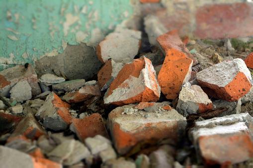 istock broken brick 623199108