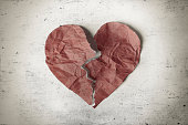 istock Broken heart 533477557