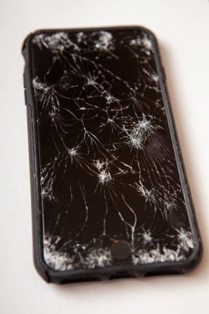 Broken phone - foto stock
