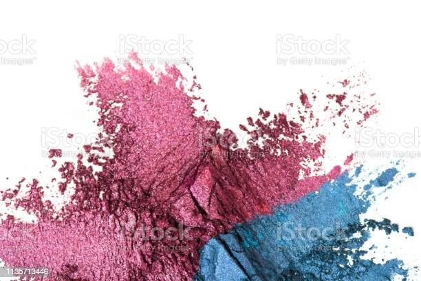 Broken purple and blue eye shadow make up palette isolated on a white picture id1135713446?b=1&k=6&m=1135713446&s=612x612&h=irm7 jnwnm5pr1txxs08l q2zpu5kuevew0ch0p1wic=
