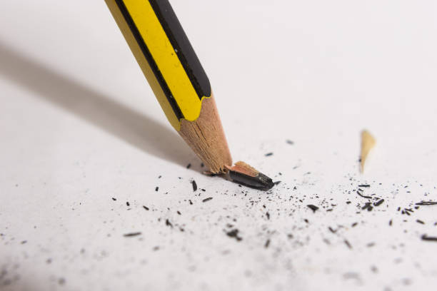 Broken snapped pencil tip Broken snapped pencil tip close up snapping stock pictures, royalty-free photos & images