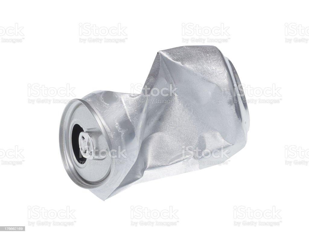 Broken soda puede aislado sobre fondo blanco. foto de stock libre de derechos