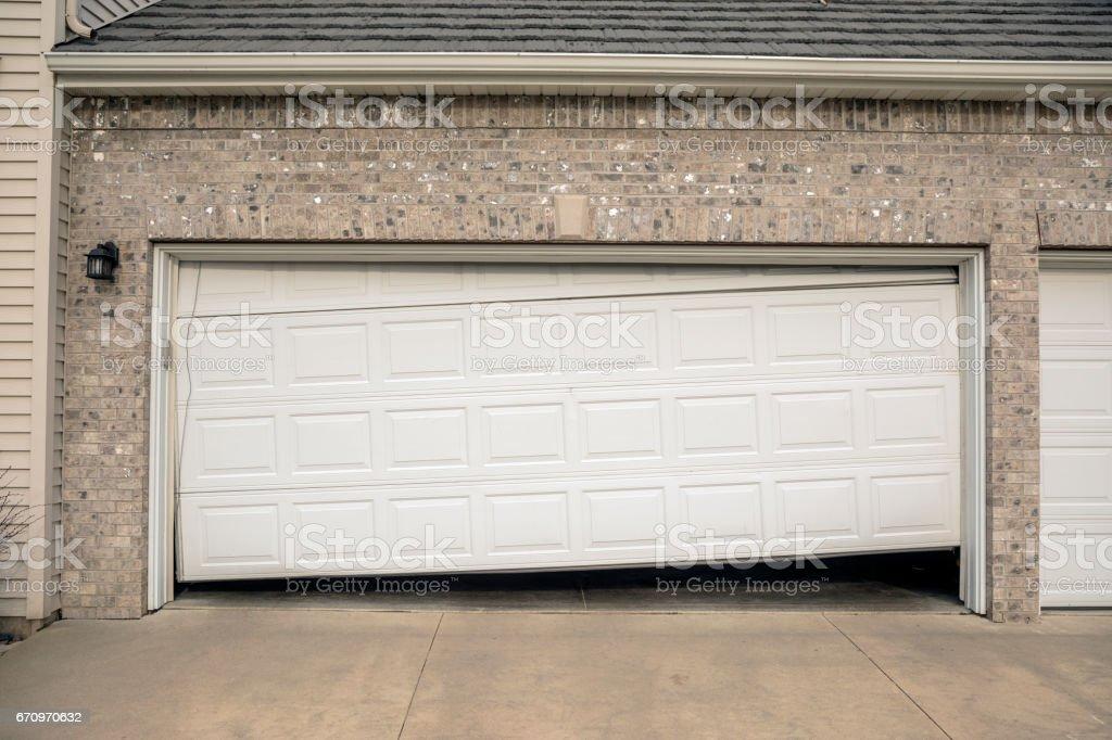 Gebrochene Zwei Autotür Wohn Garage Lizenzfreies Stock Foto