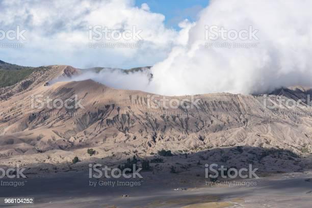 Bromo Aktiva Vulkanen Mountain I East Java Indonesien-foton och fler bilder på Asien