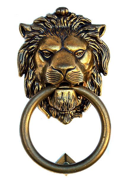 청동색 lion 노커 - 노커 뉴스 사진 이미지