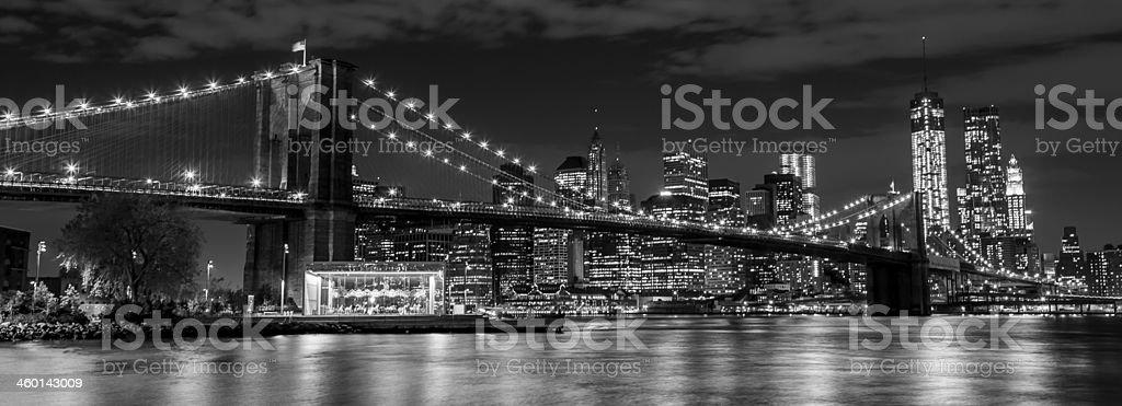 Brooklyn Bridge and Manhattan skyline at night stock photo