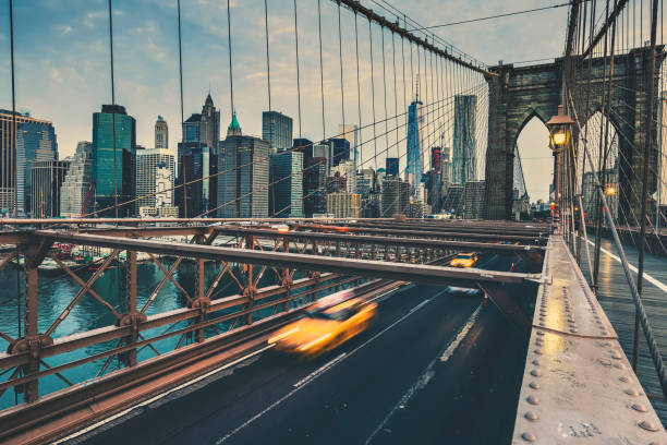 brooklyn bridge in nyc - international landmark stock photos and pictures