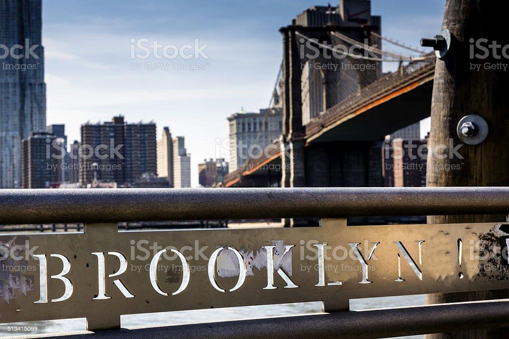 Puente de Brooklyn señal - foto de stock
