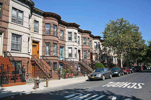 brooklyn brownstones - terraced houses stock photos and pictures