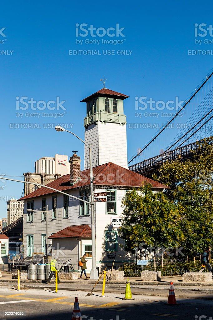 Brooklyn Ice Cream Factory in Brooklyn Bridge Park zbiór zdjęć royalty-free