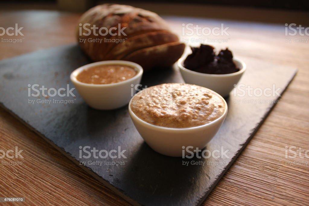 Brot mit Nussaufstrich royalty-free stock photo