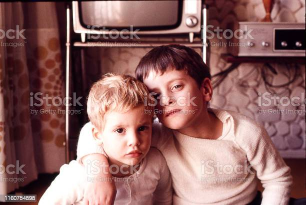 Brothers at home in the seventies picture id1160754898?b=1&k=6&m=1160754898&s=612x612&h=qy4jkgc2udwlkvep3kkkarytp8p8h8rg1cst9lsjzms=