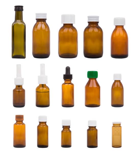 braune flaschen setzen. - braunglasflaschen stock-fotos und bilder