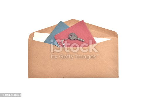 Brown envelopes with important documents and keys.