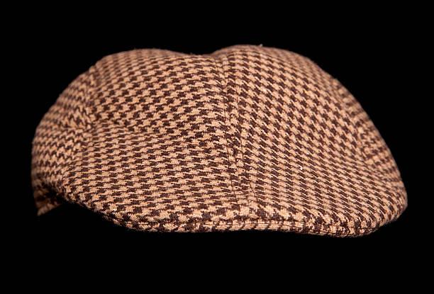 brown landwirte flatcap - schiebermütze stock-fotos und bilder