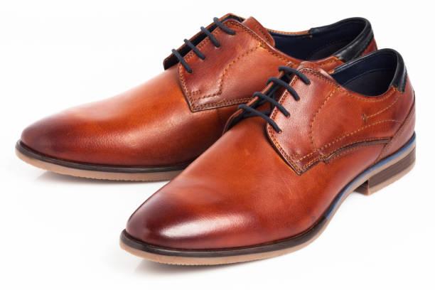 Braune Oxford-Schuhe – Foto