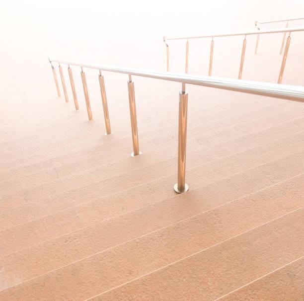 braune treppe - abschiedswünsche stock-fotos und bilder