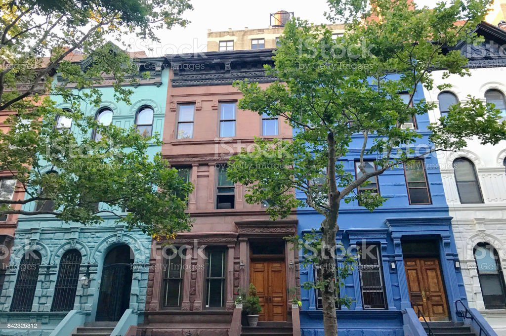 NYC Brownstone Multi Colored Walk Up - foto stock