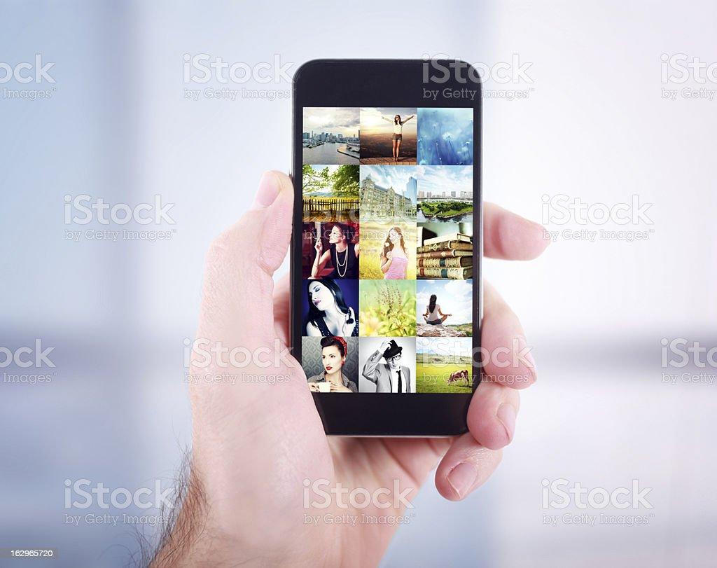 сейчас исчезают фото из галереи смартфона повинностями знати