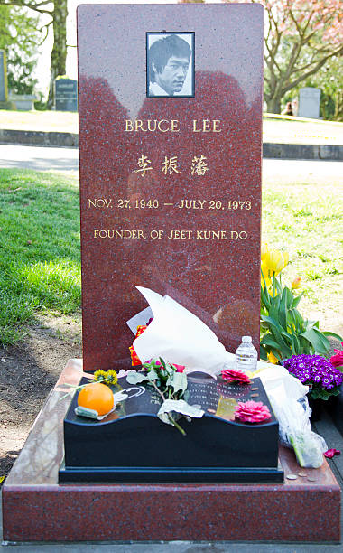 Bruce Lee's Grave - foto de acervo