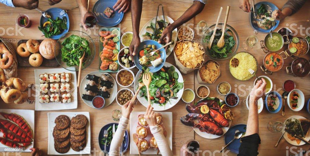 Dominical elección multitud de opciones para comer del concepto de comedor foto de stock libre de derechos