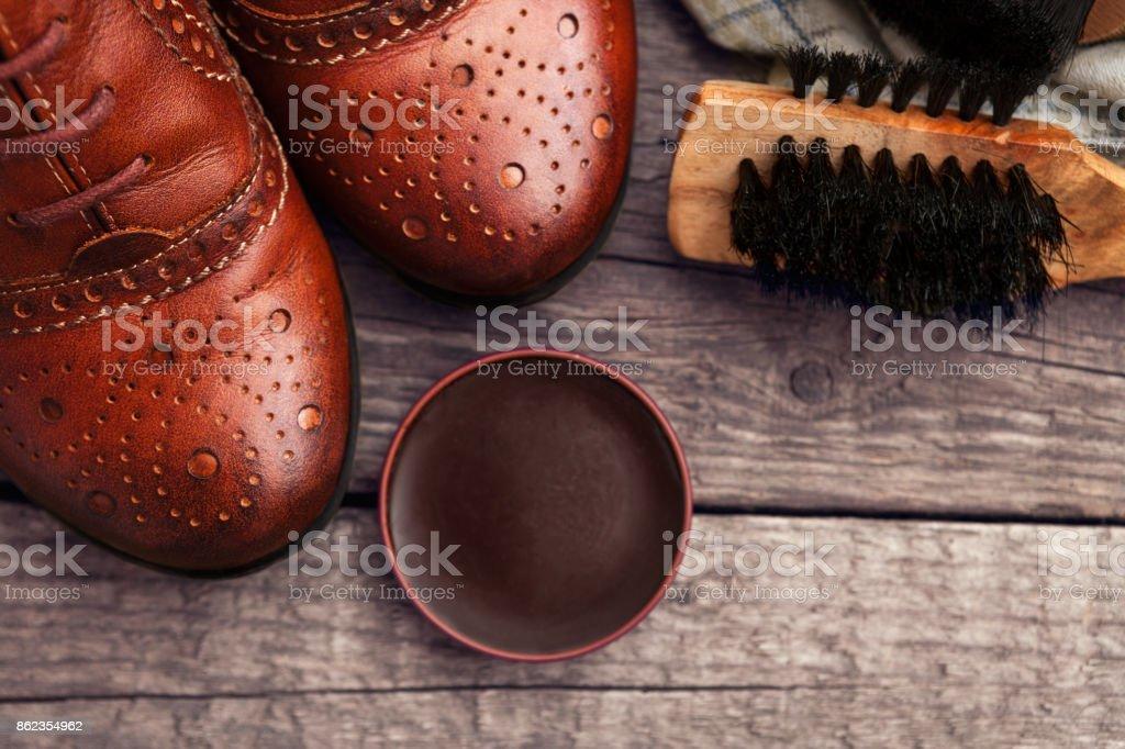 Más Cepillo Para Foto De Banco Stock Zapatos Y Cera Pulir 8nw0XNOPk
