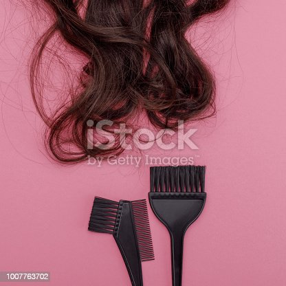istock brush for dyeing hair and hair 1007763702