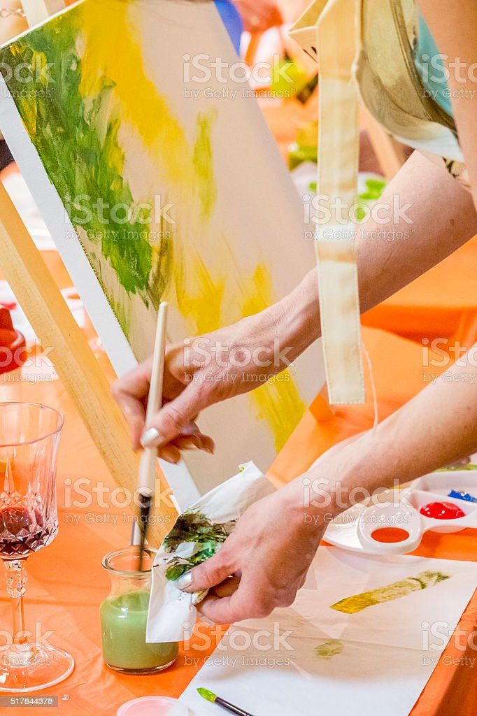 Pinceau, mains, oeuvre stock photo