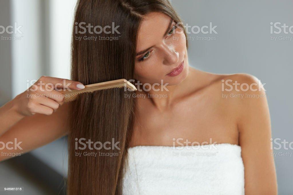 Bürsten Die Haare Frau Hairbrushing Schöne Lange Haare Mit