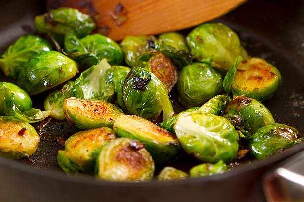 brussels sprouts - 小椰菜 個照片及圖片檔