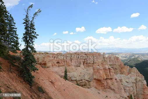 istock Bryce Canyon National Park 1302493693