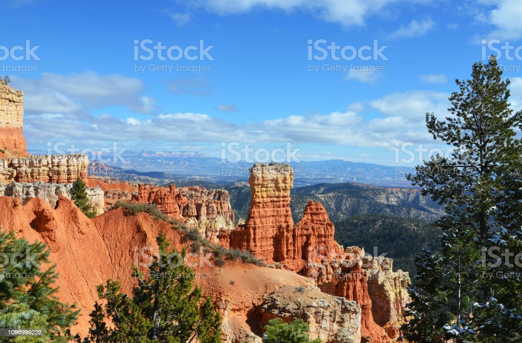 Bryce Canyon, Utah - Agua Canyon covered in Snow stock photo