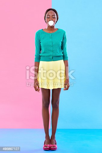 istock Bubble gum hipster 495867127
