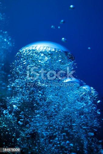 istock Bubbles 184978009