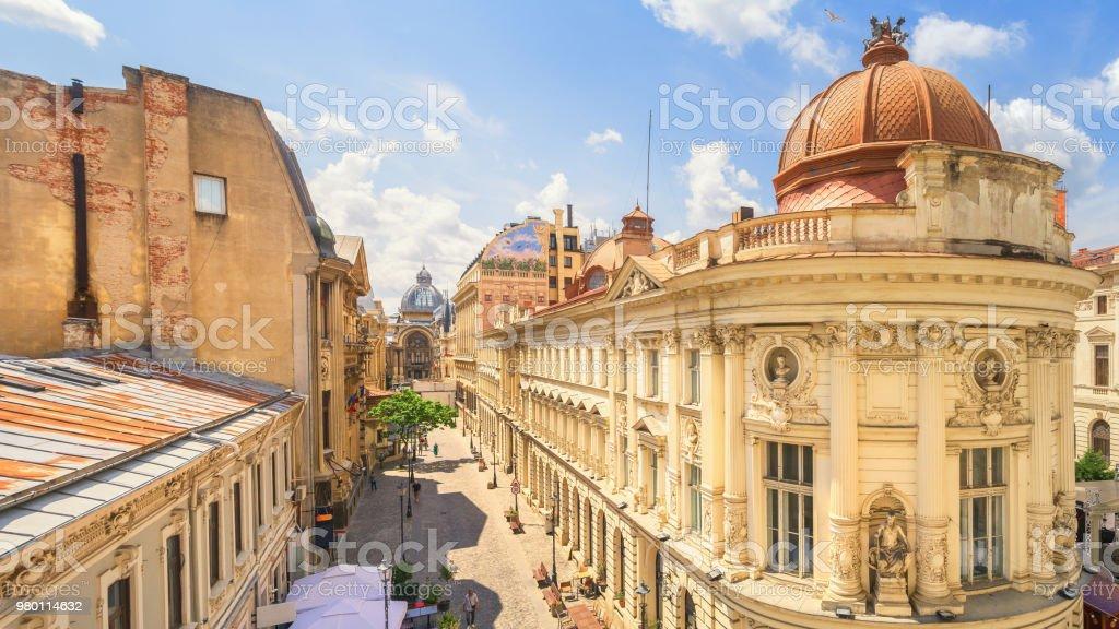 Boekarest oude stad zonnige zomerdag - Roemenië foto